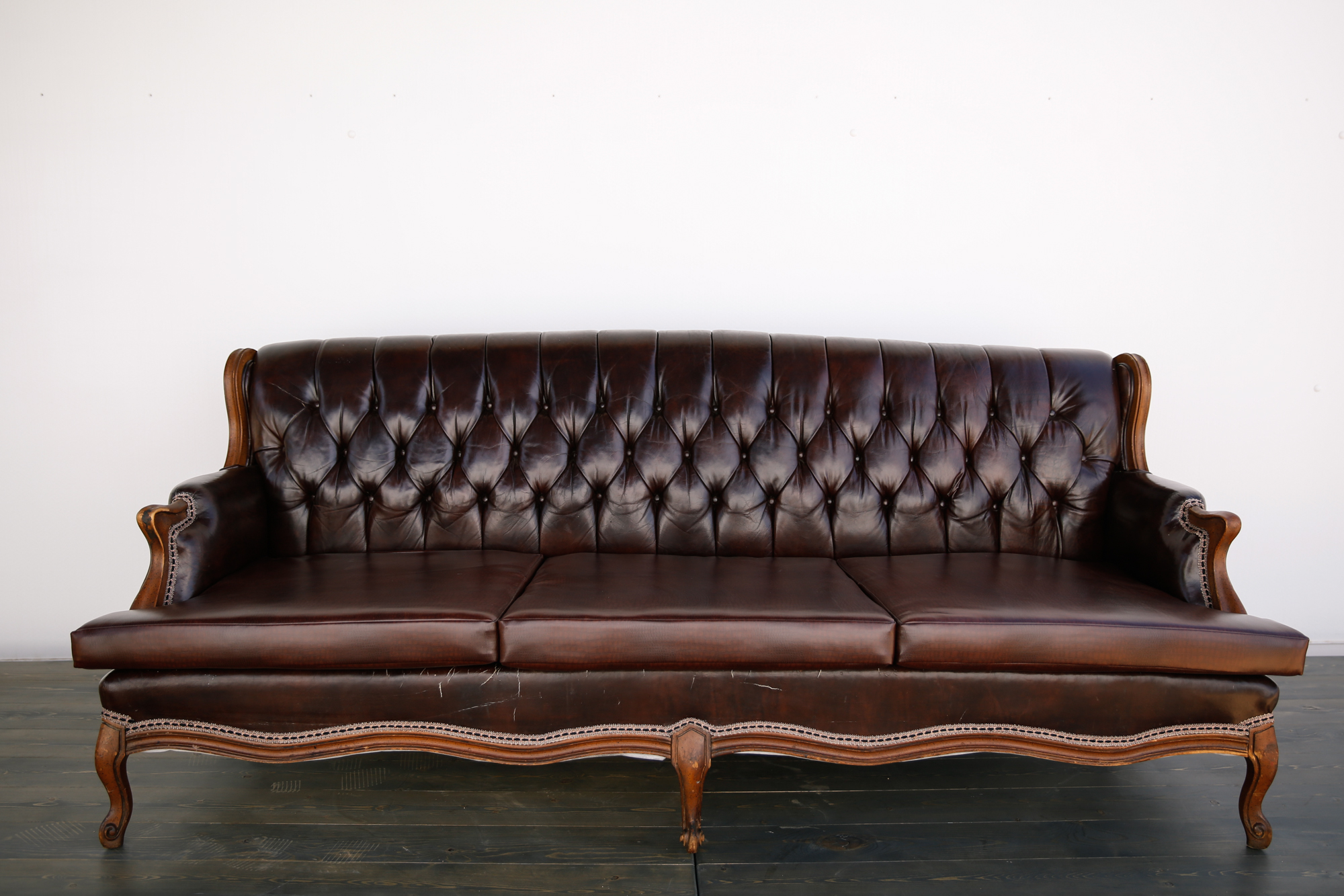 Vintage leather sofa out of the dust rentals for Vintage leather sofa